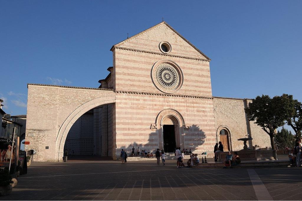 Souvenir Basilica Santa Chiara